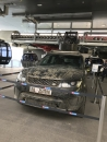 Dieser Range Rover aus SPECTRE erwartet die Besucher auf der Mittelstation am Weg zu 007 Elements (c) JamesBond.de / Tom Waldek