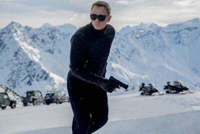 Das erste offizielle Filmfoto zeigt James Bond in Mission im verschneiten Österreich. © 2015 Sony Pictures Releasing GmbH
