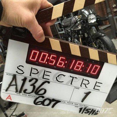 Spectre - Klappenbild Szene 136